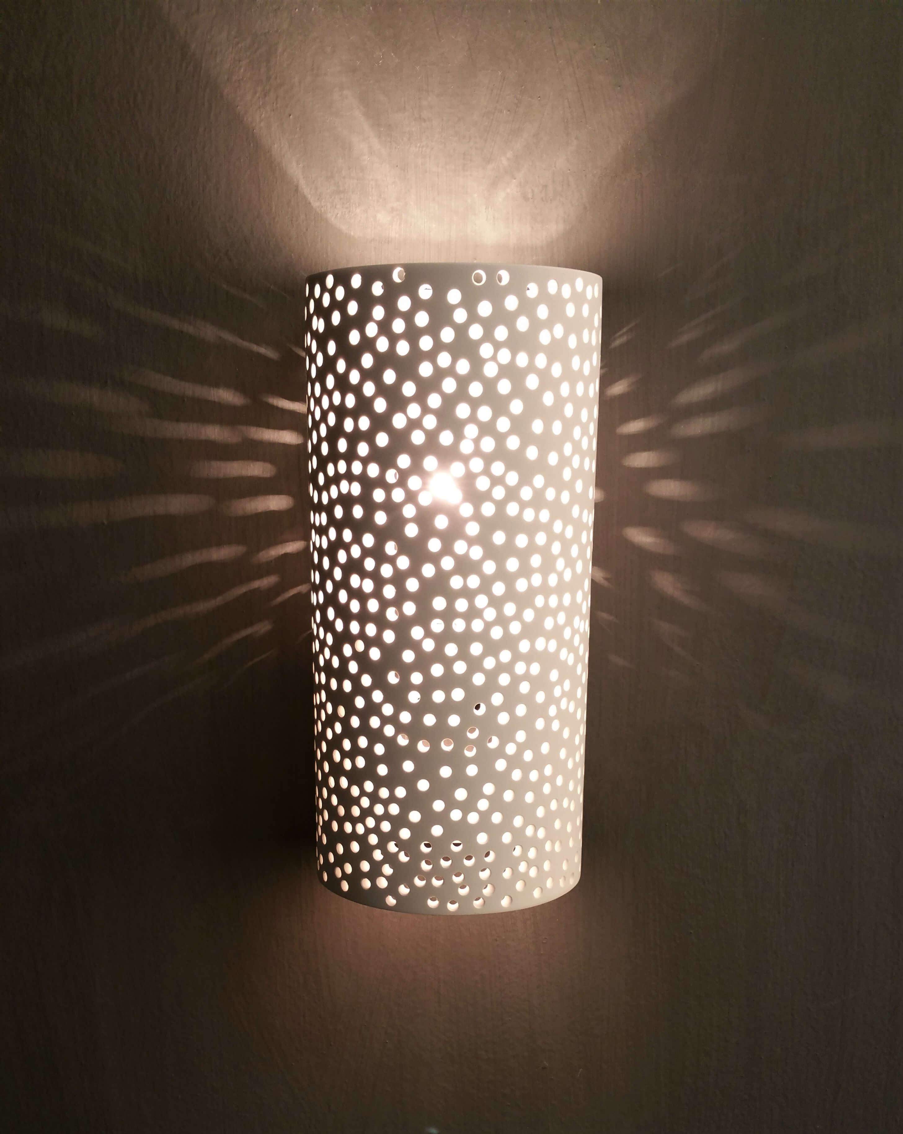 Santorini gypsum wall light on architectural lighting for hotel project. Φωτιστικό Santorini απλίκα γύψινη αρχιτεκτονικού φωτιστισμου ιδανικο για ξενοδοχεία